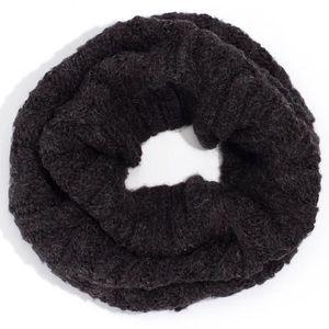 NWT Echo Designs NY Cozy Cable Knit Snood Scarf